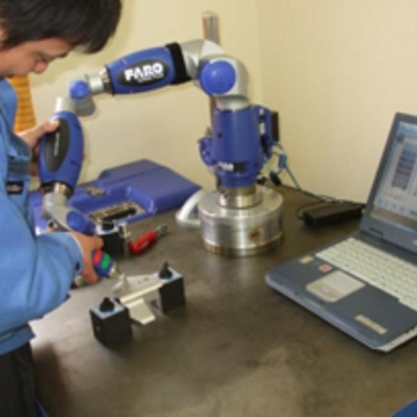 3次元測定器 FARO GAGE PLUS(精度0.006)