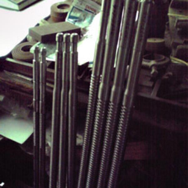 汎用旋盤加工(材質粉末ハイス)