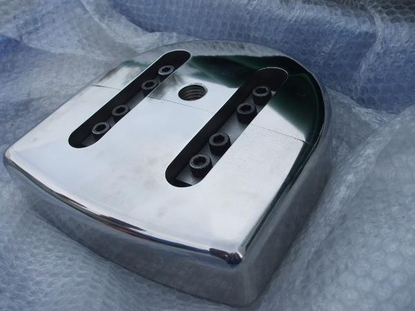 マシニング加工・3次元加工 製品サンプル(SKS) 2部品構成金型のサムネイル